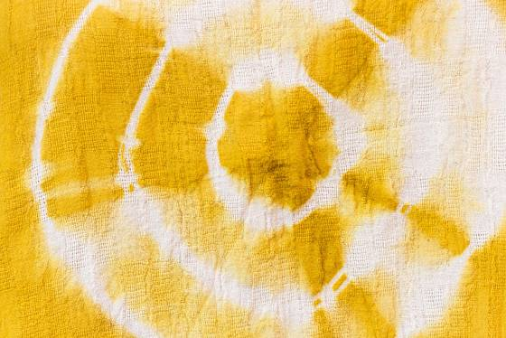 Ke skvělým přírodním barvivům patří např. kurkuma.