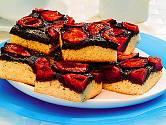 švestkový koláč s makem