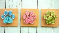 Milovníci psů si mohou vyrobit string artové otisky tlapek.