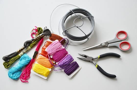 Potřeby pro výrobu barevných srdíček