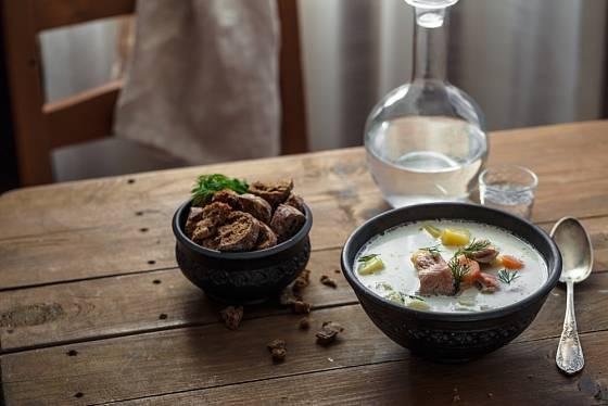 Lososová polévka lohikeitto zastane plnohodnotný oběd.