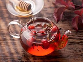 """Šípkový čaj, nejčastější  zdraví prospěšný """"produkt"""" ze šípků."""