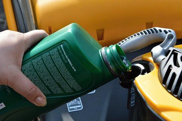 Do sekaček bychom měli používat kvalitní olej.