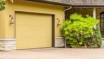 Dostatečně velká garáž u domu poskytuje možnosti uskladnění sezónních věcí.