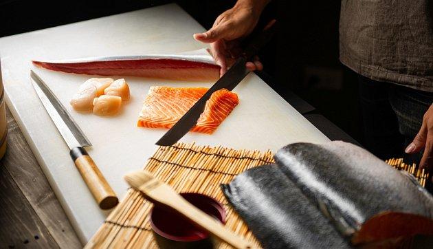 Japonské nože vynikají svou ostrostí