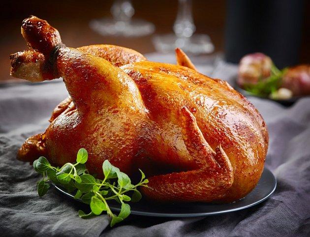 Dokonale propečené kuře.