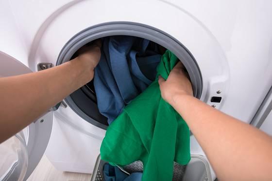 Na praní jemného prádla se hodí sáčky ze silonek