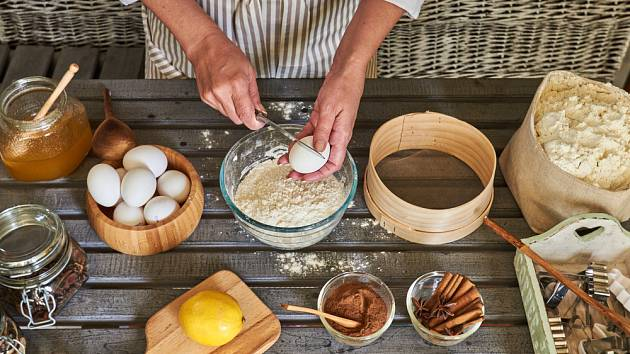 Vajíčka domácí, z bio chovu nebo chovu na podestýlce přispějí chuti i dobrému pocitu