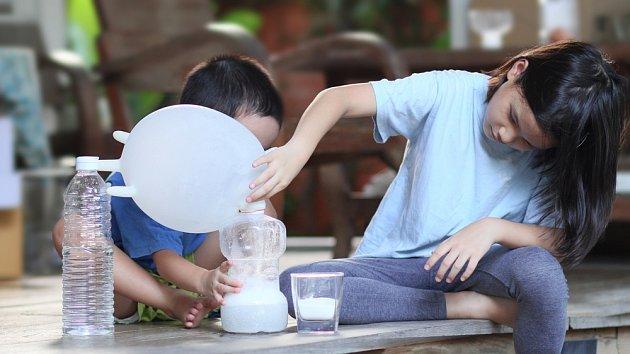 Děti by raději do kontaktu s jedlou sodou neměly přijít.