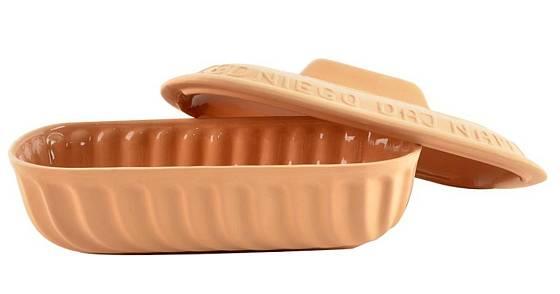 Pro kynutí těsta lze použít rovnou formu, ve které budete péct Foto: (C) www.oriondomacipotreby.cz