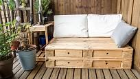 Nábytek se dá pořídit i levně