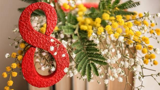 Symbolem Mezinárodního dne žen v Itálii se stala mimóza.