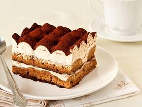 Tiramisu, klasický italský dezert.