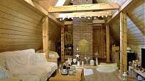 Návštěva na chalupě v Orlických horách: Obývací pokoj v patře