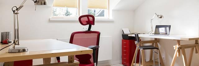 Židle musí splňovat mnoho ergonomických požadavků.