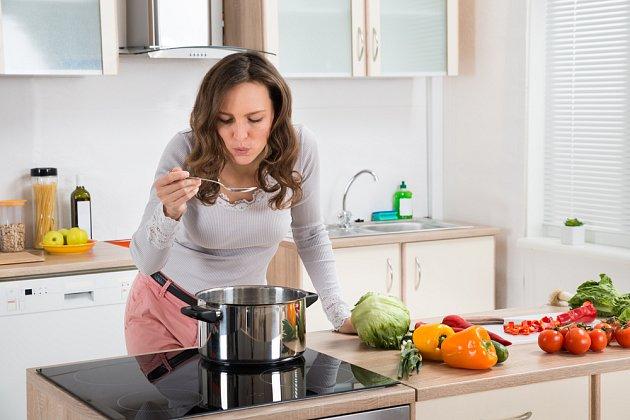 Na indukci je radost vařit.