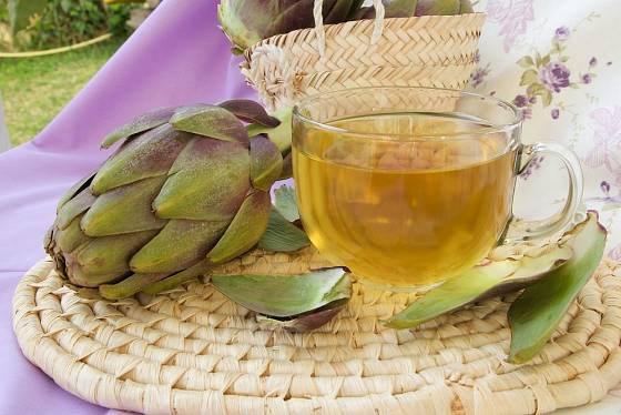 Z listenů artyčoků můžeme připravit léčivý čaj