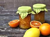 Citrusovou marmeládu můžeme připravit z různých druhů citrusů.