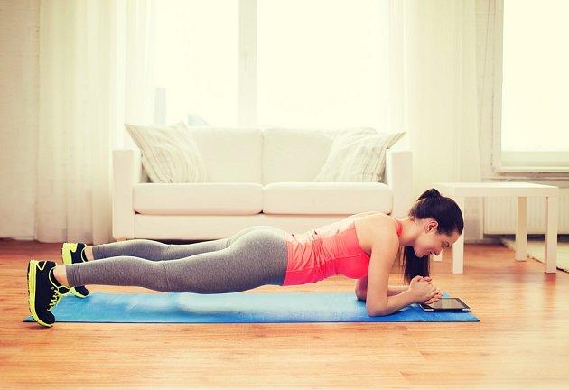 Takzvané prkno posílí velkou skupinu svalů