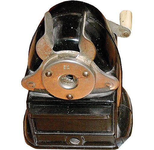 K-I-N 512 vyráběný v Československu v 50. letech minulého století