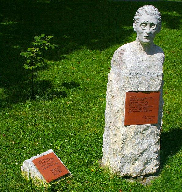 pomníček Josefa Váchala