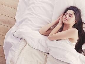Tato neobvyklá kombinace ingrediencí vám může pomoci ke kvalitnímu spánku.