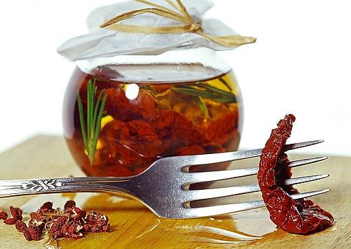rajčata naložená do oleje