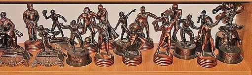 Kovové miniatury se těší velké oblibě nejen u sběratelů ořezávátek