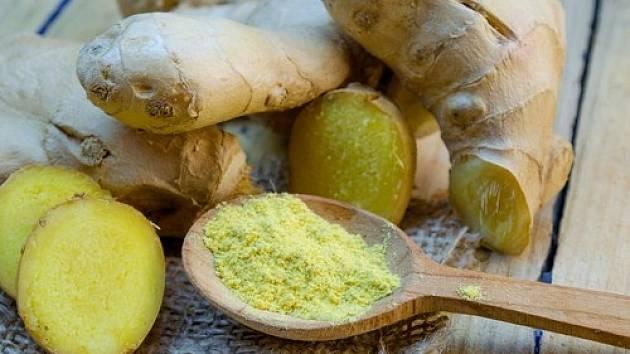 Zázvor obsahuje protizánětlivé látky, a tak se hodí i jako doplněk stravy při revmatických potížích.