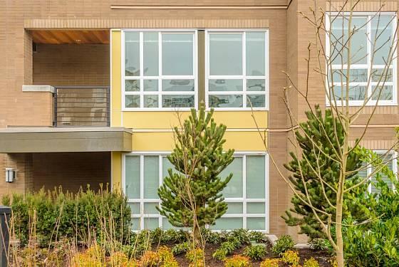 Častým rizikem nájemních bytů jsou hluční nebo problémoví sousedé.