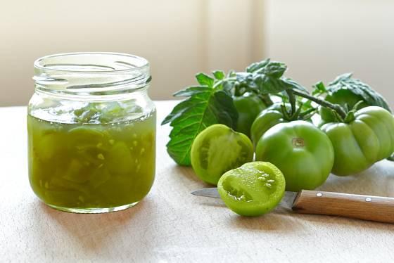 Ze zelených (nezralých) rajčat se připravuje čatní.