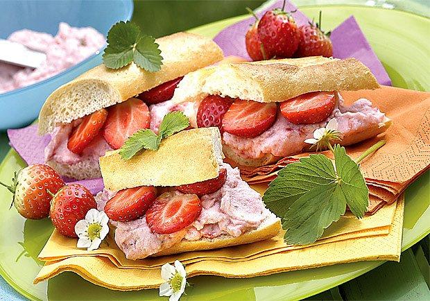 jahodový sendvič