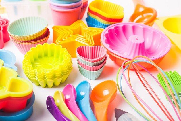 Výrobků ze silikonu, které nám usnadní kulinaření, je celá řada.