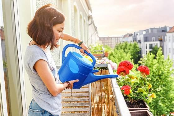 Zajištění truhlíků na balkoně řešíme důsledně.