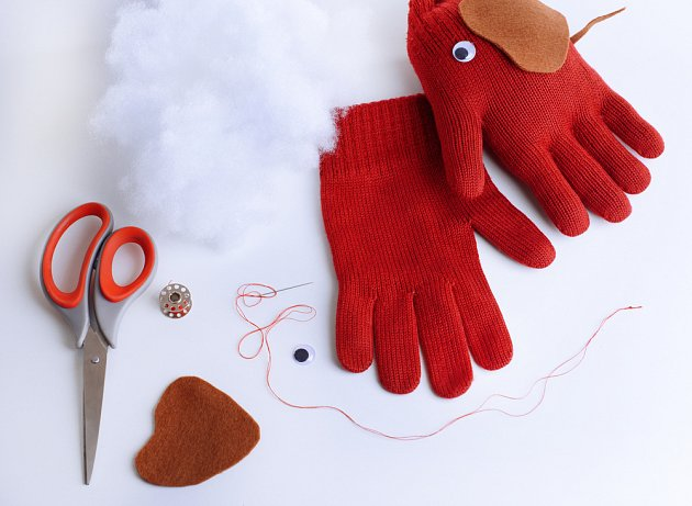 stará rukavice se může proměnit třeba ve slona
