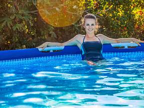 Vyzkoušejte alternativa bazénové chemie.