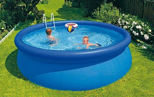 Bazény s nafukovacím prstencem jsou určené hlavně pro děti