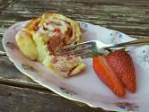 Strawberry buns, aneb jahodoví šneci
