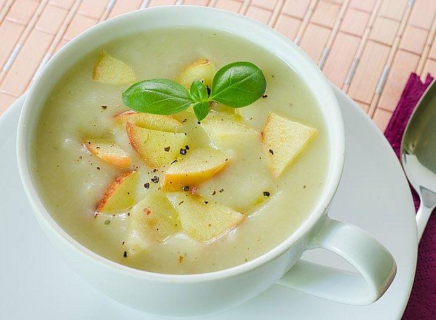 polévka z nakyslých jablek