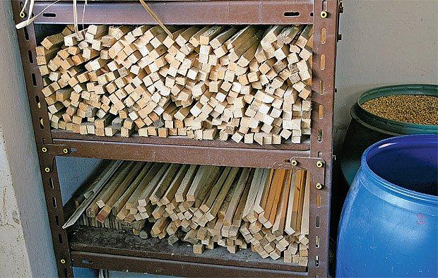 Polotovary rukojetí — hiklů — ze smrkového dřeva připravené k opracování