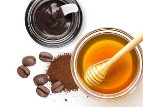 med, skořice, káva