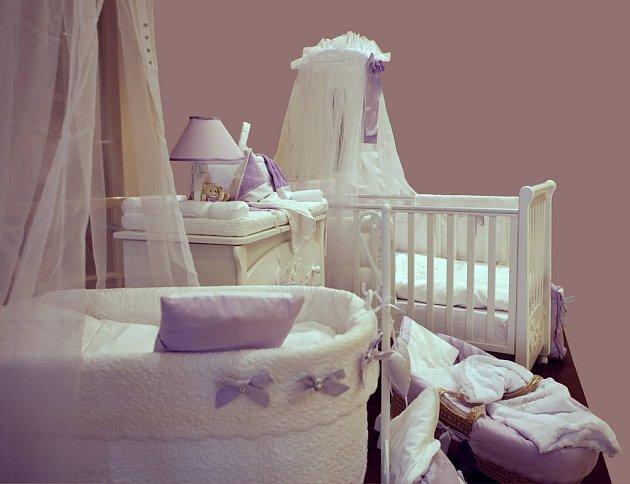 Stavíme dětský pokoj:  Pozor na podlahy i špatné matrace!