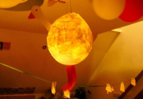 K oblíbeným podzimním aktivitám patří i výroba lampiónů.