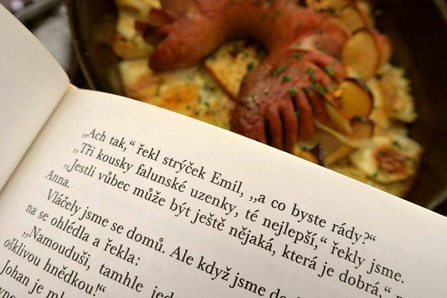 """Také jste v dětství nad knížkou Děti z Bullerbynu snili o chuti """"falunské uzenky, té nejlepší""""?"""