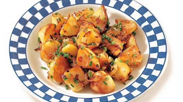 opečené brambory