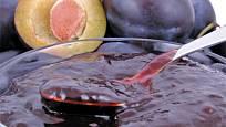 Švestkové čatní s ořechy a vínem