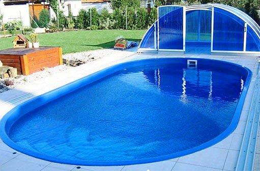zapuštěný bazén Triton
