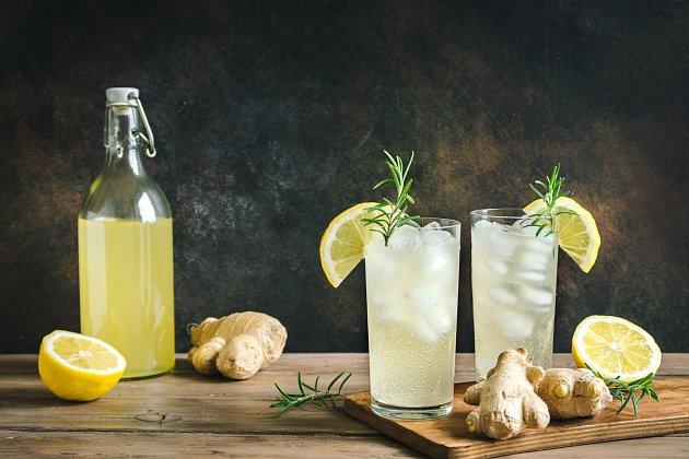 Zázvorovou limonádou či citronádou se zázvorem rozhodně nic nezkazíme