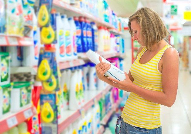 Průmyslové čističe obsahují dráždivé látky