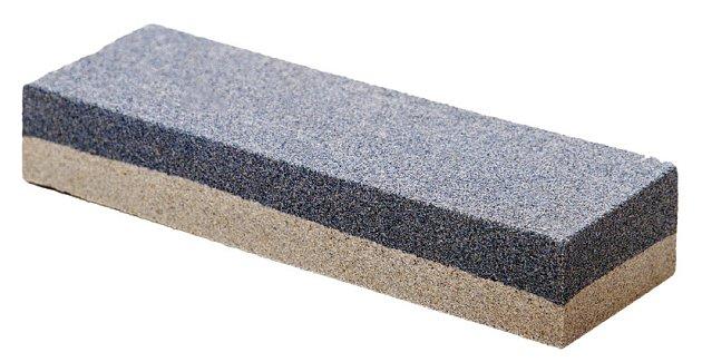 brusný kámen se dvěma stupni zrnitosti